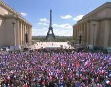 L'UMP c'est nous, c'est vous, les 300 000 militants du Mouvement Populaire ! Maintenant, ça suffit !